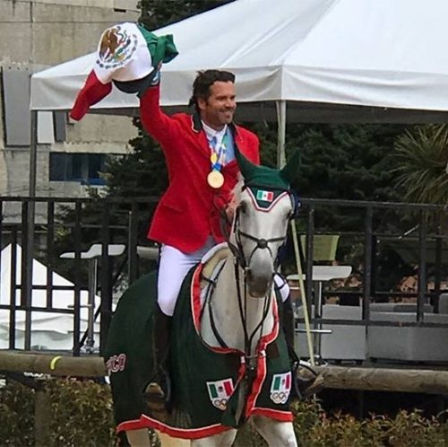 Equipo mexicano junto con Salvador Oñate gana oro en Barranquilla