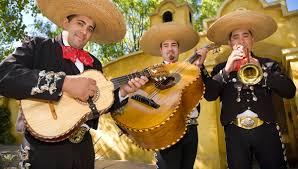 bar con mariachis en bogota